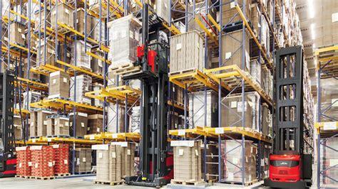 narrow aisle trucks  linde material handling