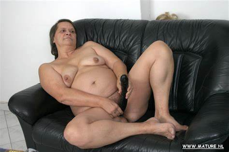 Com Couch Toy Playtime Moms Mom Bride Does Filled On Her Table