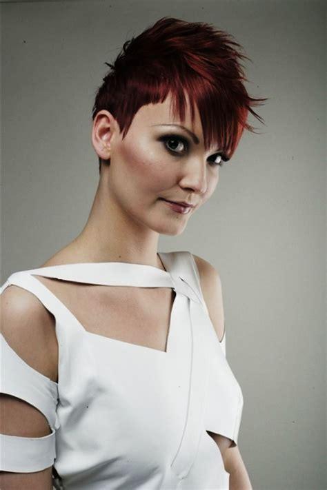 mohawk hairstyles  women   trendy elle