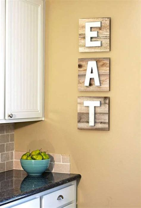 Kitchen Wall Decor Ideas by 30 Eye Catchy Kitchen Wall D 233 Cor Ideas Digsdigs