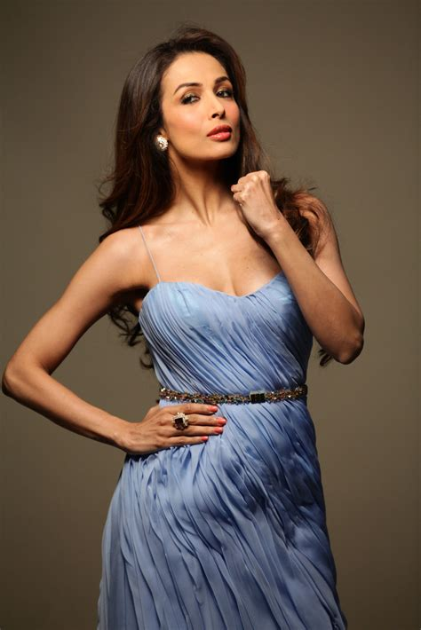 The hot and sizzling malaika arora started out as a vj in mtv and went on to be featured in several music videos and commercials in the 90s. Malaika Arora to Do a Sizzling Number in 'Pataakha ...