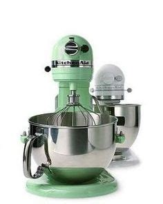 mint green kitchen aid vintage bakelite handled eskimo mixer with jadite juicer 7522