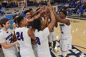 Boys Hoops  Mount Saint Joseph Aims For History At