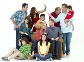 modern family season 2 2 new cast promotional photos