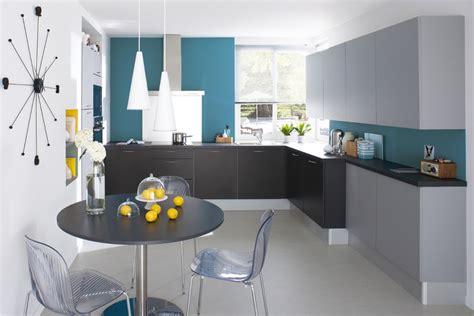 deco cuisine bleu une d 233 ferlante de bleu dans la d 233 co maison cr 233 ative