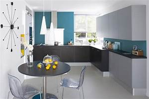 une deferlante de bleu dans la deco maison creative With meuble cuisine couleur taupe 16 chaise salle a manger bleu canard