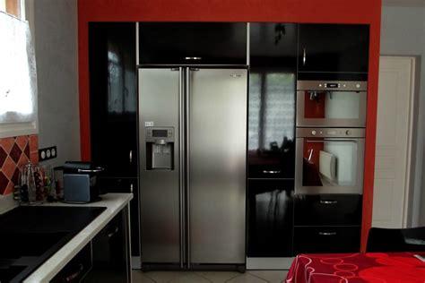 armoire chambre noir laqué cuisine stratifié noir brillant menuiserie sébastien duc