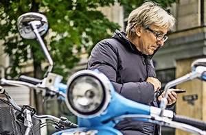 Roller Möbel Stuttgart : elektromobilit t in stuttgart mach mal blau der e roller im test stuttgart stuttgarter ~ Buech-reservation.com Haus und Dekorationen