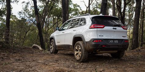jeep hawk trail 2016 jeep cherokee trailhawk review caradvice