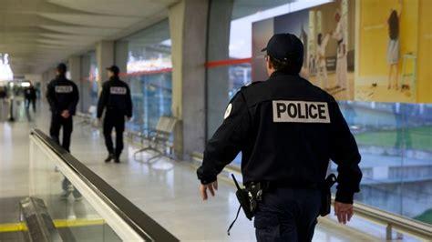 bureau de change aeroport cdg bureau de change aeroport charles de gaulle 28 images 201 tat d urgence 5 mois ferme pour