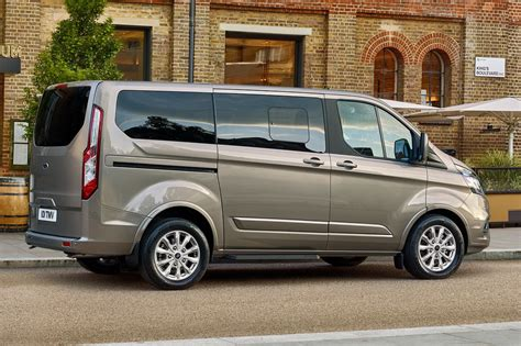 Ford Custom by 2018 Ford Tourneo Custom Delivers Class Travel For