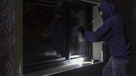 Wie Markieren Einbrecher Häuser by Einbrecher Markieren Mit Plastikstreifen Ausgesp 228 Hte