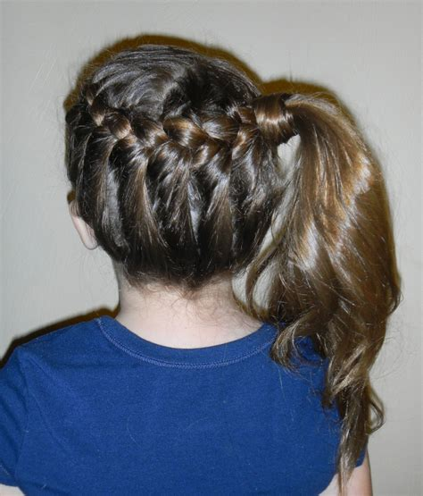Braid To Side Ponytail Beauty Hairstyles 2011 Braid To