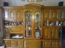Schrankwand Eiche Rustikal : verkaufe schrankwand eiche von privat wohnzimmerschrank anbauwand ~ Markanthonyermac.com Haus und Dekorationen