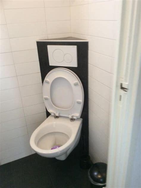 toilet afkitten afkitten nieuw hangtoilet werkspot