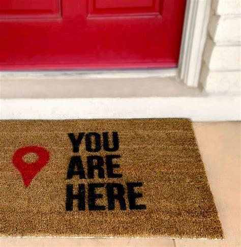 You Are Here Doormat by 25 Best Ideas About Doormats On Modern Door