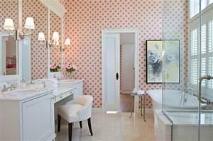 papier peint pour salle de bain 45 idees magnifiques With salle de bain feminine