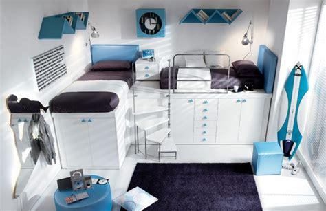 chambre lit jumeau déco chambre enfant avec planche de surf 50 inspirations
