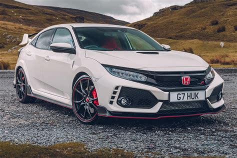 Honda Civic Type R Picture by Uk Honda Civic Type R 2017 Review Pictures Auto Express