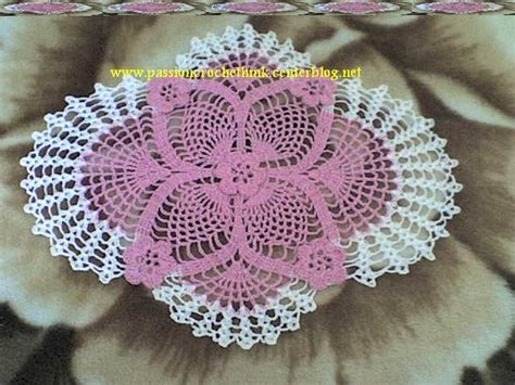 image modele napperon ovale au crochet gratuit