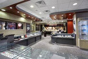engagement ring shops jewelry stores in chicago for engagement rings and earrings