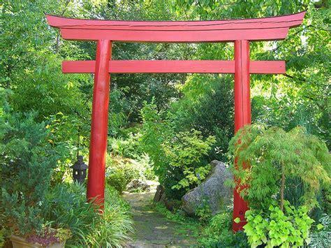 Japanischer Garten Erlangen by Erlangen Botanical Garden Torii Backyard Relaxing Garden