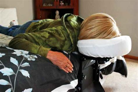 vitrectomy recovery chair sleep support