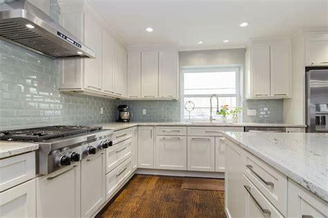 Glass Mosaic Backsplash White Cabinets  Amazing Tile