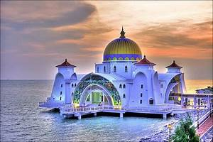 45 Beautiful Pictures of Mosques Around The World