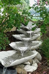 Bachlauf Im Garten : dekoelement bachlauf aus betonbl tter selber bauen ~ Michelbontemps.com Haus und Dekorationen