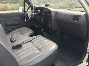 1990 Toyota Truck 4x4  4wd  Regular Cab  Pickup  Pick Up