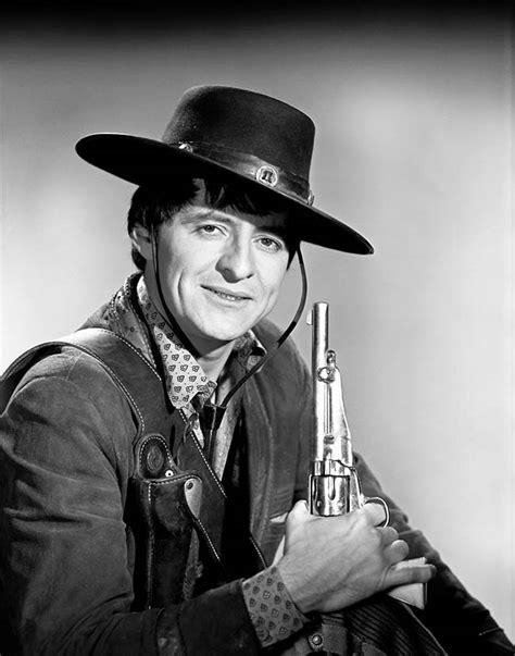 Henry Darrow (1933 - ) - Western Movies - Saloon Forum