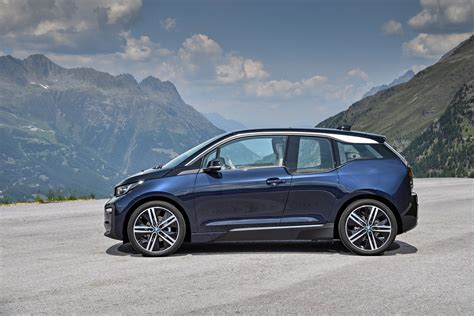 2018 Bmw I3s Debuts With Upgraded Motor Sportier Styling