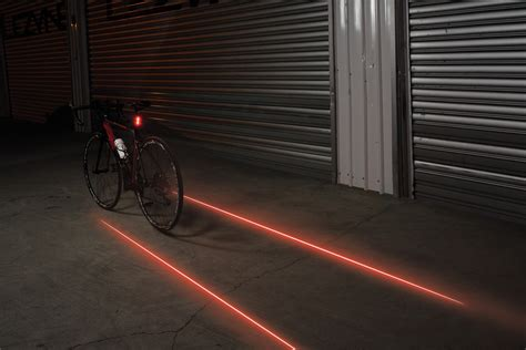 lezyne laser drive  achterlicht met laser beaming bakker racing products