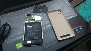 Cara Membuka  Melepas Baterai Tanam Xiaomi Redmi 4a
