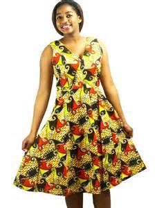 robe en tissu pagne africain fleurie robe par kabangondo