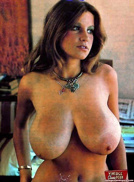 Vintage Busty Porn Pic