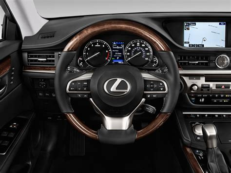 image  lexus es   door sedan steering wheel size