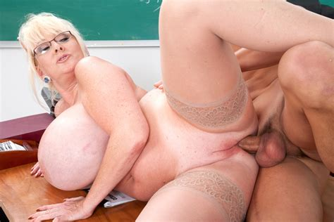 Kayla Kleevage And Chris Johnson In My First Sex Teacher