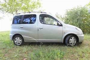Toyota Yaris Verso Gebraucht : toyota yaris verso 1 5 sol tolle angebote in toyota ~ Jslefanu.com Haus und Dekorationen