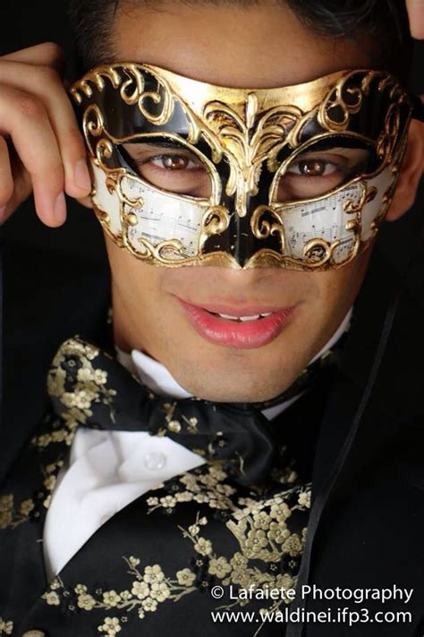 masquerade model luis martinez  lafaiete photography
