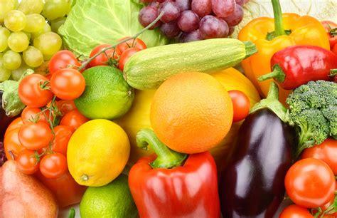 Как выбрать качественные овощи и фрукты?