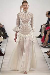 Beautiful Valentino Wedding Dresses Ideas - Style and ...