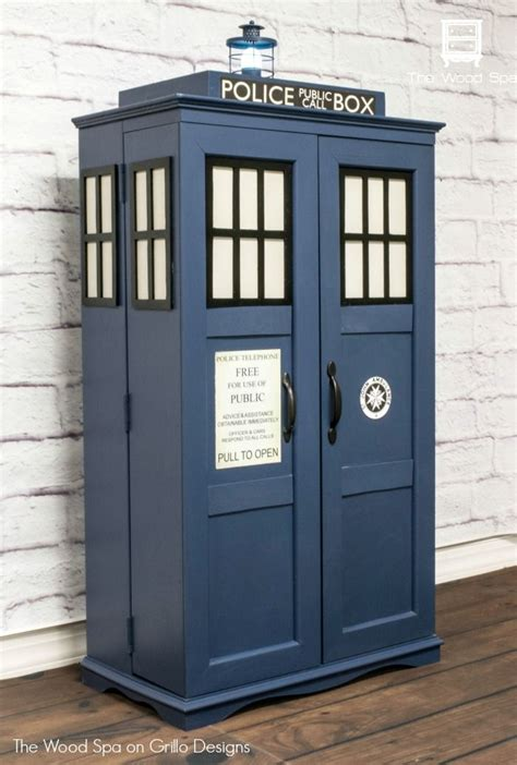 Tardis Cupboard by How To Turn A Cabinet Into A Tardis Things To Build