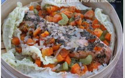 cuisiner saumon surgelé recette saumon vapeur aux petits légumes sur lit de chou