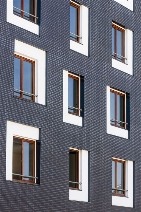 Moderne Fenster Fassade by Social Housing Exterior Facade Brick White Window Detail