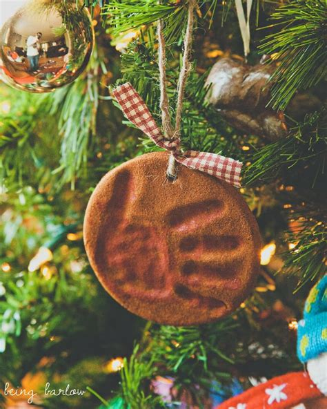 cinnamon applesauce ornament with handprint http www