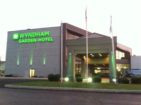garden inn chaign il a up call to management review of wyndham garden