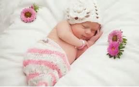 babies sleeping wi...