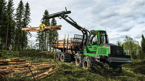 What Equipment is Used for Logging? | John Deere Machinefinder